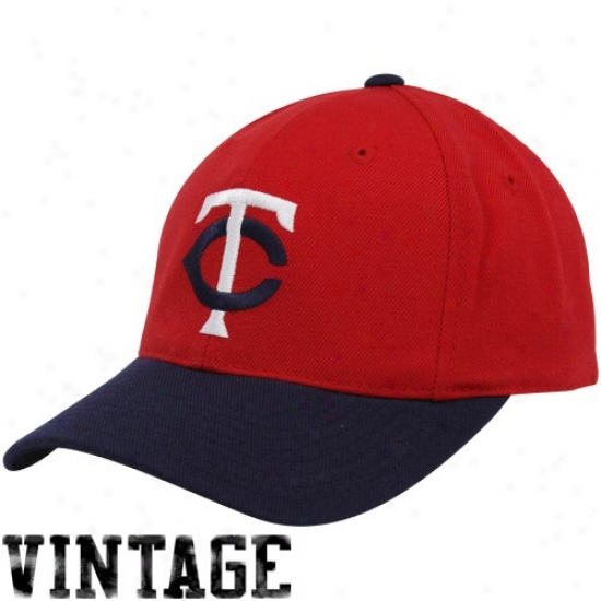 release date fc2e3 ad1f2 buy minnesota twins hat minnesota twins red navy blue 1973 86 throwback cooperstown  fitted 783bc 8b578