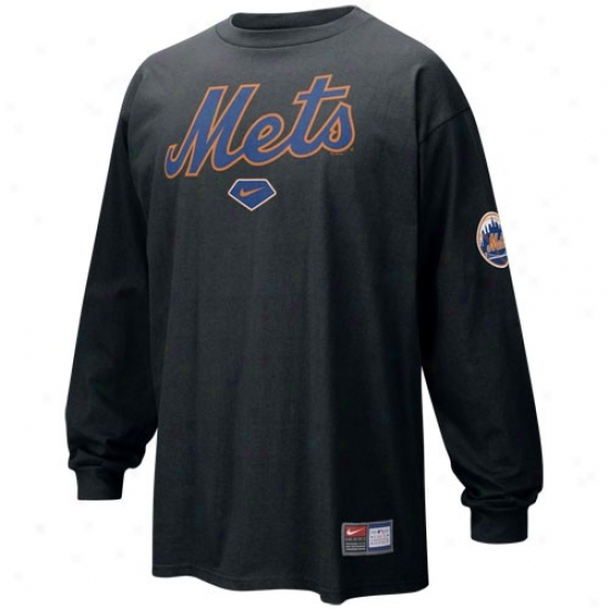 New York Mets Attire: Nike New York Mtes Black Practice Long Sleeve T-shirt