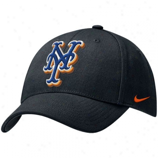 New York Mets Gear: Nike New oYrk Mets Mourning Wool Classic Adjustable Hat