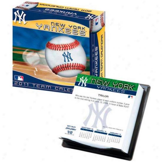 New York Yankees 2011 Boxed Calendar