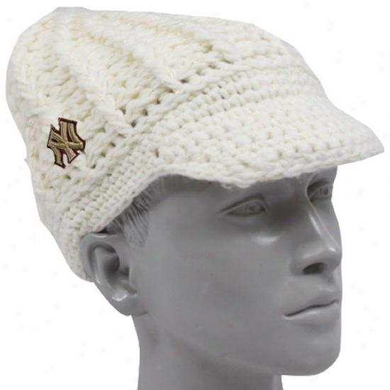 Unaccustomed York Yankees Cap : New Era Repaired Yori Yankees Ladies White Gold-spun Visor Beanie