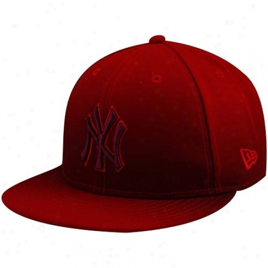 New York Yankees Caps : New Era New York Yankees Red Fade Subtitle 59fifty Fitted Caps