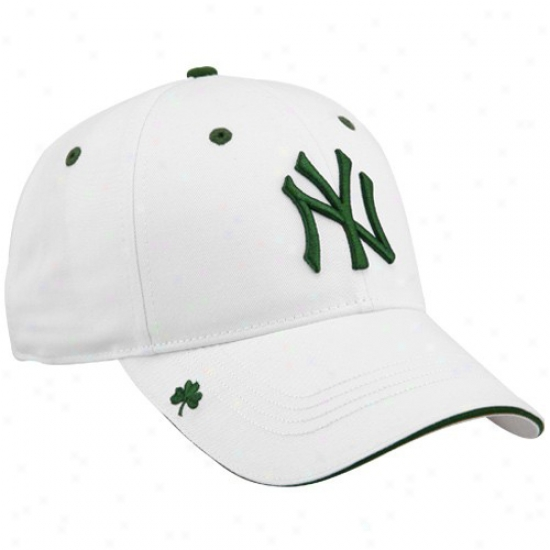 New York Yankees Gear: New Era New York Yankees St. Patrick's Day White Adjustable HooleyH at