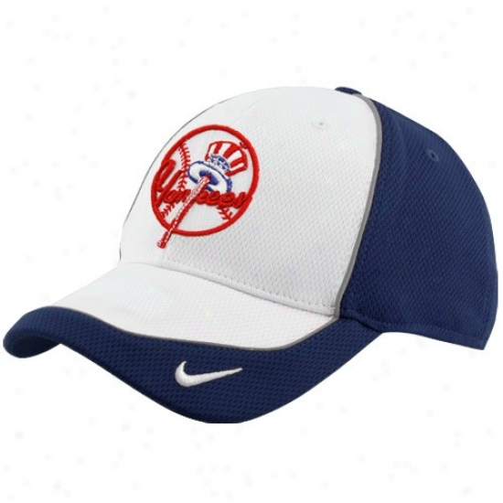 New York Yankees Hats : Nike New York Yankees White Pop Fly Swoosh Flex Mesh Hats