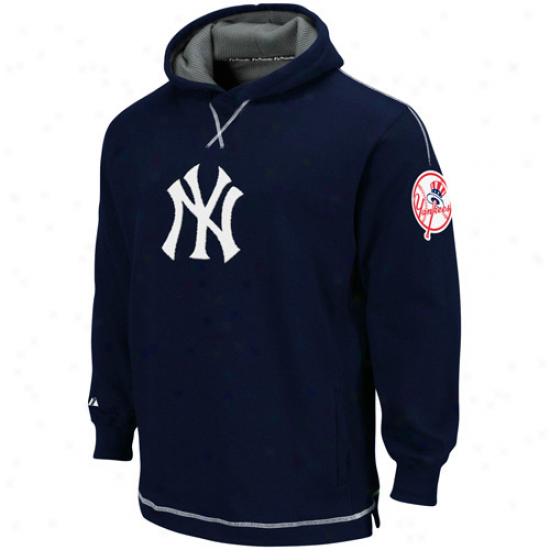 New York Yankees Hoodys : Majestic New York Yankees Youth Navy Blue The Liberation Pullover Hoodys