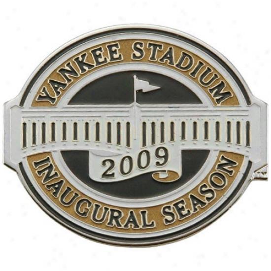 New York Yankees Inaugural Season Yankee Stadium Die-struck Magnet