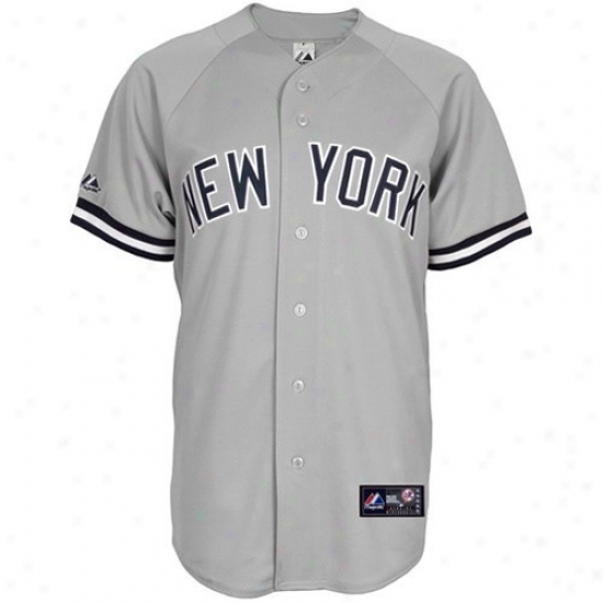 Just discovered York Yankees Jersey : Majestic New York Yankees Youth Gray Replica Baseball Jersey