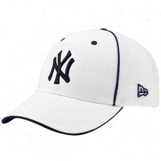 New York Yankees Merchandise: New Era Nrw York Yankees White Neo 39thirty Stfech Fit Hat