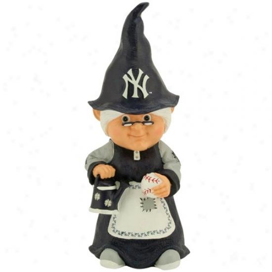 New York Yankees Mlb Female Garden Gnome