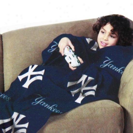 New York Yankees Navy Blue Team Logo Print Youth Comfy Throw