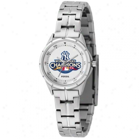New York Yankees Watch : Fossil New York Yankees 2009 World Series Champions Ladies Stainless Steel Analog Sport Watch