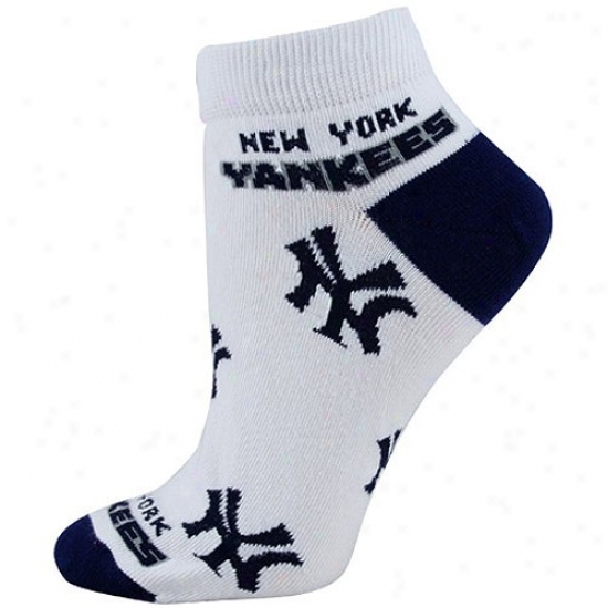 New Yorm Yankees White Ladies 9-11 Team Color Ankle Socks