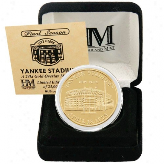 New York Yankees Yankee Stadium 24kt Gold Final Season Commemorative Coin
