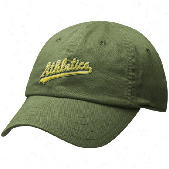 aOkland Athletics Caps : Nike Oakland Athletics Ladies Green Infield Shift Relaxed Fit Adjustable Caps