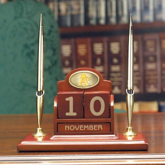 Oakland Athletics Wooden Calendar Desk Set