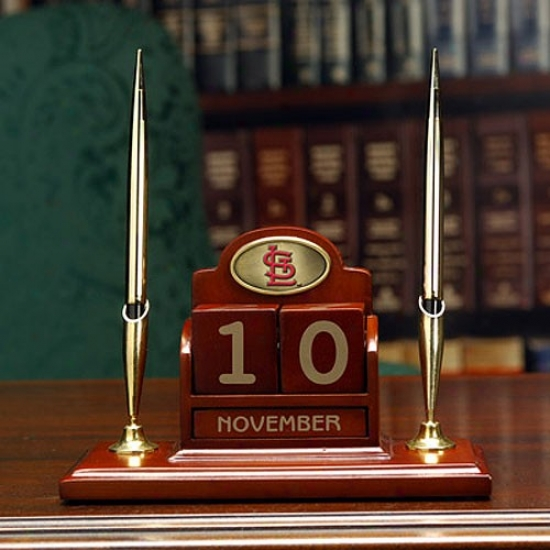 S tLouis Cardinals Calendar Desk Set
