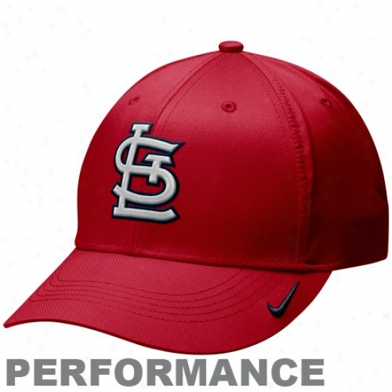 St. Louis Cardinals Hat : Nike St. Louis Cardinals Red Practice Performance Hat