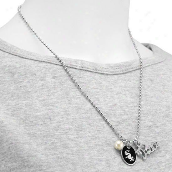 Touch By Alyssa Milano Chicago White Sox Calm & Pearl With Team Logo Pendant Necklace