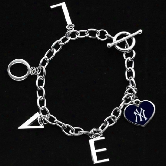 Toudh By Alyssa Milano New York Yankees Ladies Delight Chain Charm Bracelet