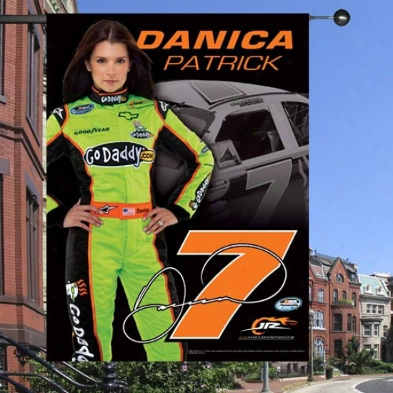 Danica Patrick Flags : #7 Danica Patrick Black 27'' X 37'' Vertical Flags Flags