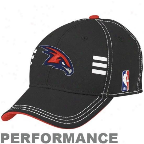 Atlanta Hawk Gear: Adidas Atlanta Hawk Black Official Draft Day Performance Steeetch Fit Hat
