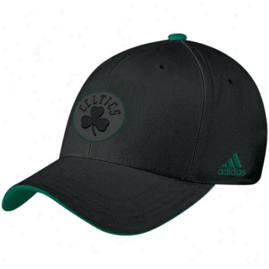 Bostn Celtics Hat : Adidas Boston Celtics Negro Tonal Flex Fit Hat