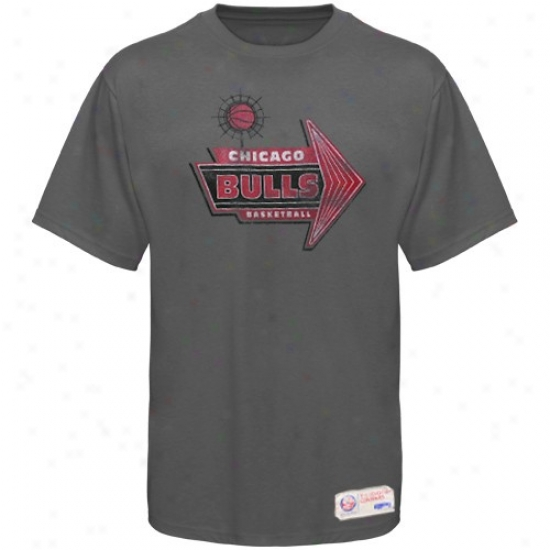 Bulls Tee : Sportiqe-espn Bulls Charcoal Strip Distressed Reward Tee
