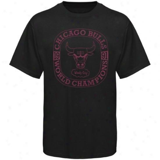 Bulls Tshirts : Mitchell & Ness Bulls Black Throwback Logo Premium Tshirts