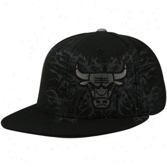 Chicago Bull Hats : Adidas Chicago Bull Black Tonal Fanciful strokes Fitted Hats