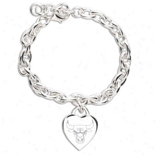Chicago Bulls Ladies Silver Heart Charm Bracelet