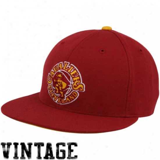 Cleveland Cavaliers Cap : Mitchell & Ness Cleveland Cavaliers Wine Vintage Logo Fitted Cap