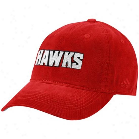 Hawks Gear: Adidas Hawks Red Script Slouch Hat