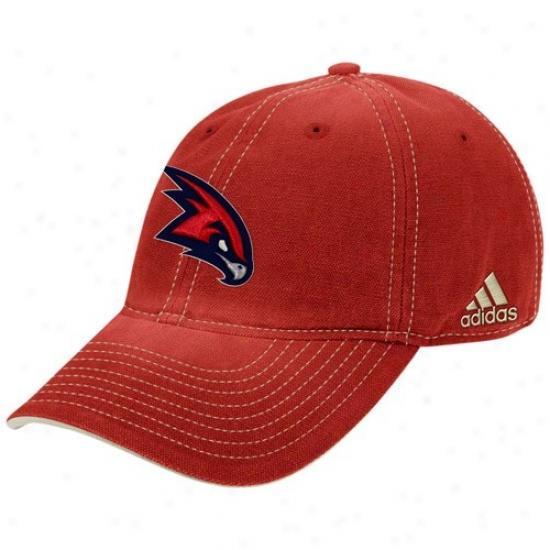 Hawks Merchandisr: Adidas Hawks Heather Red Adjustable Slouch Hat