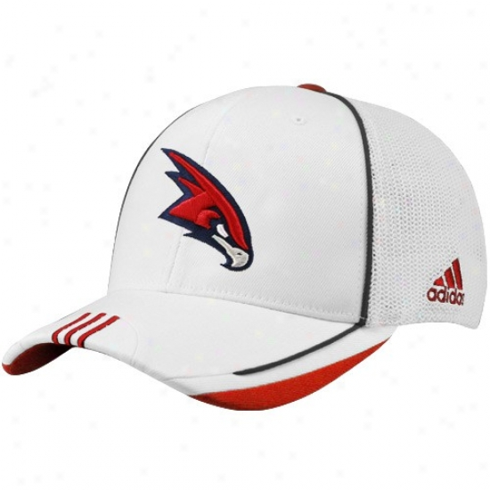 Hawks Merchandise: Adidas Hawks White 2010 Official On-court Mesh Hindmost Foex Fit Hat