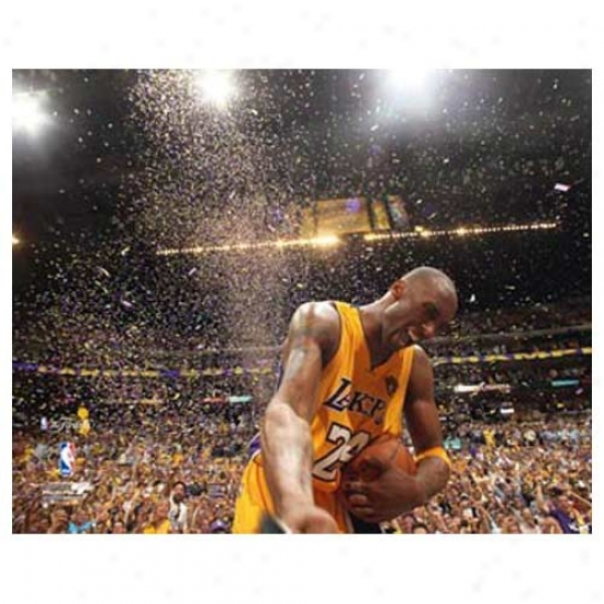 """los Angeles Lakers 2010 Nba Champions #24 Kobe Bryant Celebration 11"""" X 14"""" Matted Photo"""