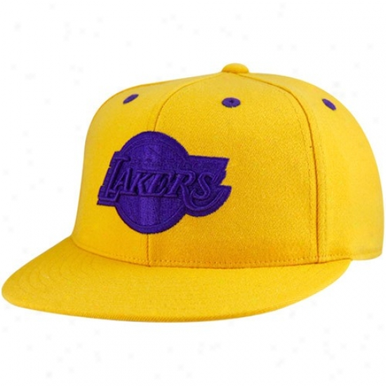 Los Angeles Lakers Hats : Adidas Los Angeles Lakers Gold-purple 210 Fitted Flexfit Flat Brim Hats