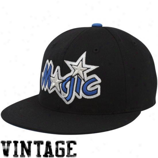 Magic Hat : Mithchell & Ness Magic Black Vintage Logo Fitted Hat