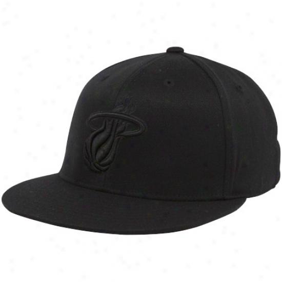 Miami Heat Cap : Adidas Miami Heat Black Tonal 210 Fitted Flex Cap