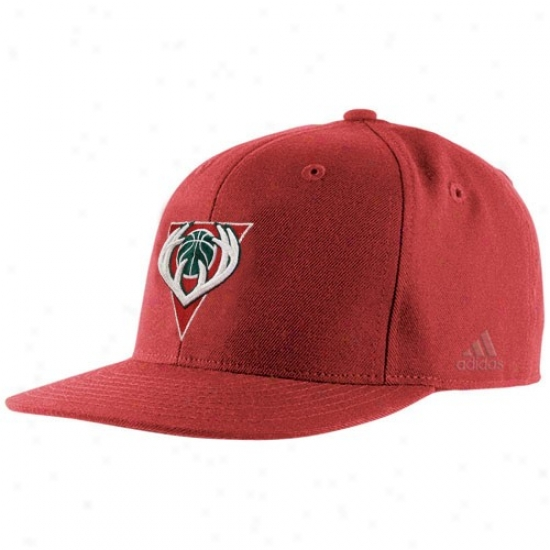 Milwaukee Buck Commodities: Adidas Mulwaukee Buck Red Basic Logo Fitted Hat