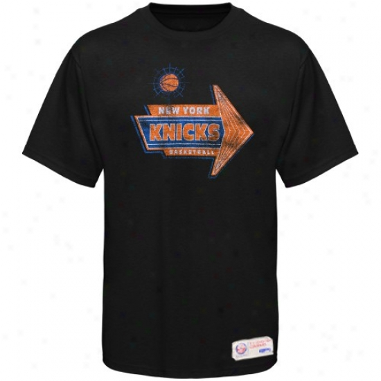 New York Knick Attire: Sportiqe-espn New York Knick Negro Strip Distressed Premium T-shirt