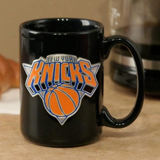 New York Knicks Black 15oz. Pewter Logo Ceramic Mug