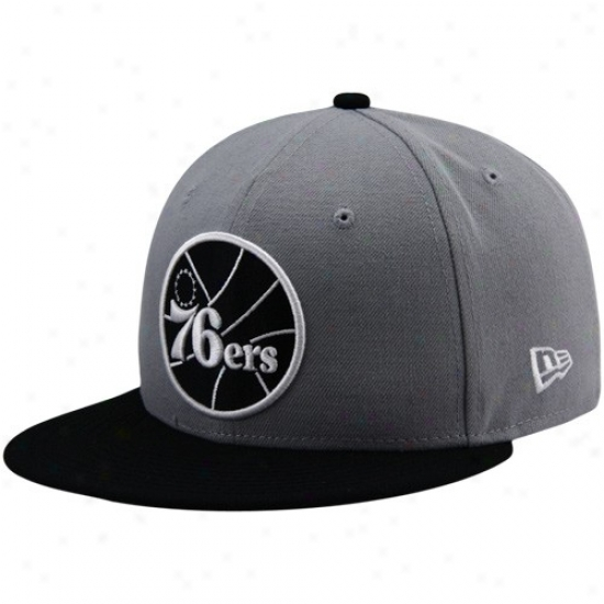 Philly 76er Gear: New Era Philly 76er Gray-black League 59fifty Fitted Hat