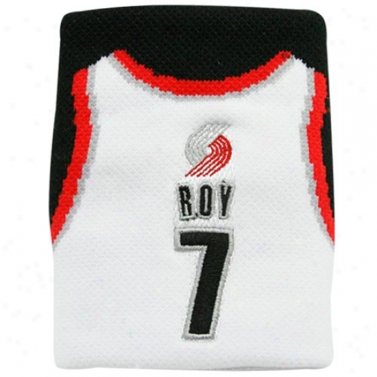 Portland Trail Blazer Gear: Portland Trail Blazer #7 Brandon Roy White Team Jersey Wristband