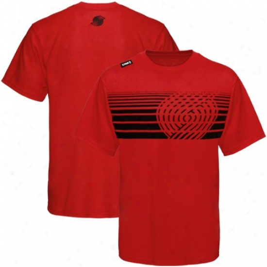 Portland Trail Blazer T-shirt : Portland Trail Blazer Red Slash Graphic T-shirt