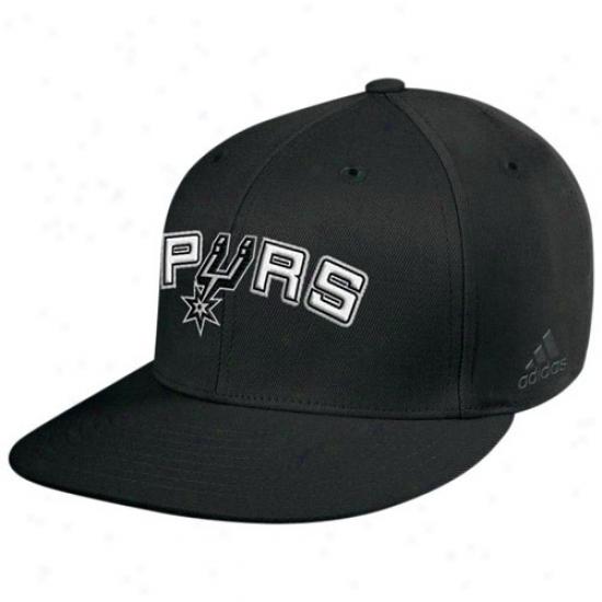 San Antonio Spur Hat : Adidas San Antonio Spur Black Basic Logo Flat Brim Flex Fit Hat