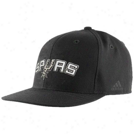 San Antonio Spurs Hat : Adidas San Antonio Spurs Blqck Bank Shot Fitted Hat