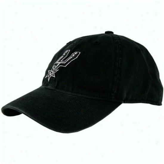Spurs Geaf: Adidas Spurs Black Basic Logo Slouch Hat