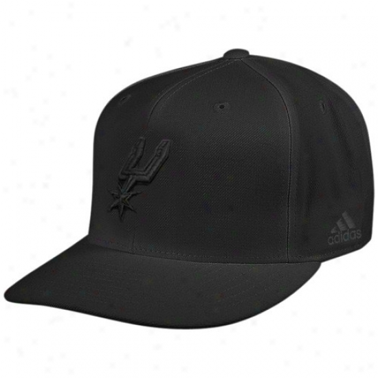 Spurs Hats : Adidaz Spurs Black Tonal Fitted Hats