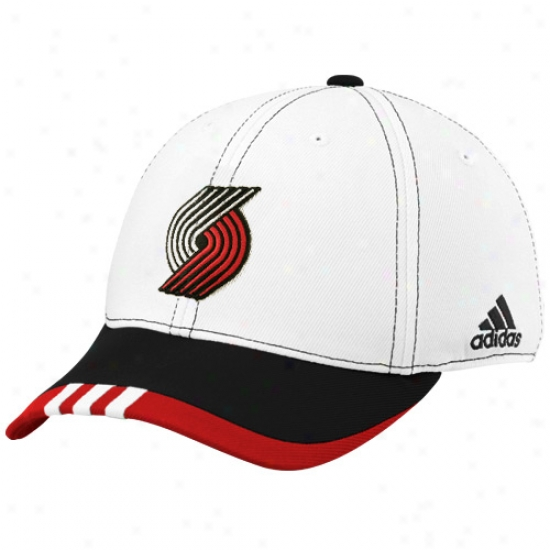 Trail Blazers Caps : Adidas Trai Blazers White On Court Flex Fit Caps