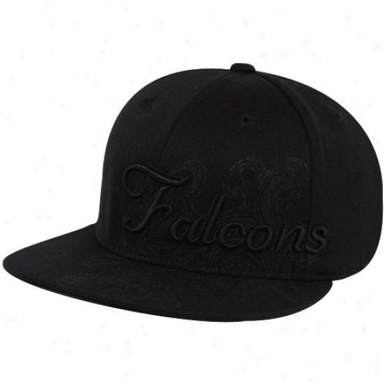 Atlanta Falcons Hat : Reebok Atlanta Falcons Black Fashion Flex Fit Hat